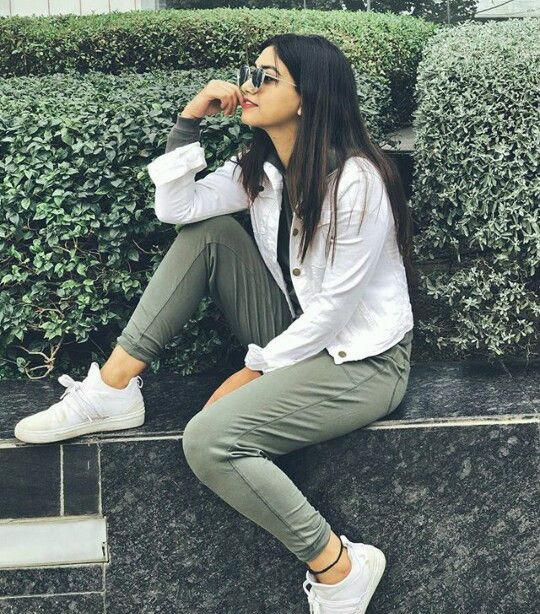 Stylish Girl Attitude Hd Wallpaper