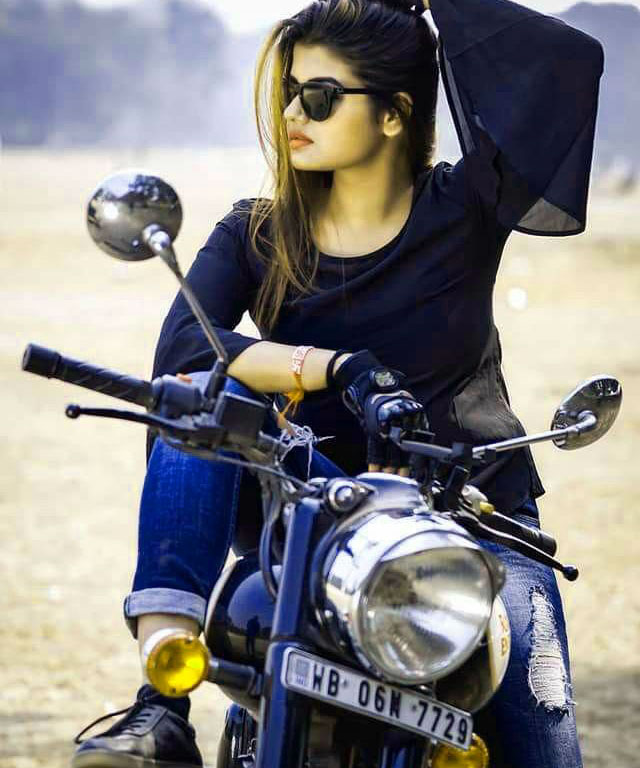 Very Stylish Girl Whatsapp DP Images Pics Wallpaper Free Download