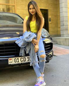 Very Stylish Girl Whatsapp DP Images Pics pictures Download