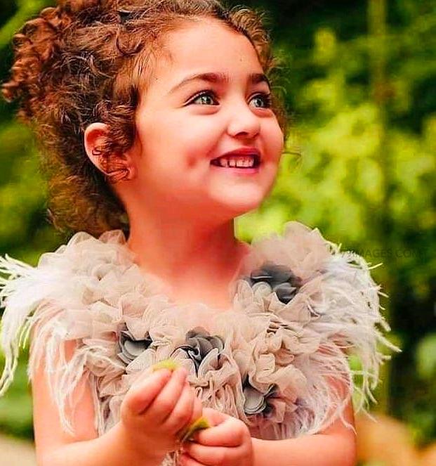 Beautiful Girls Whatsapp DP / Profile Images Pics Free