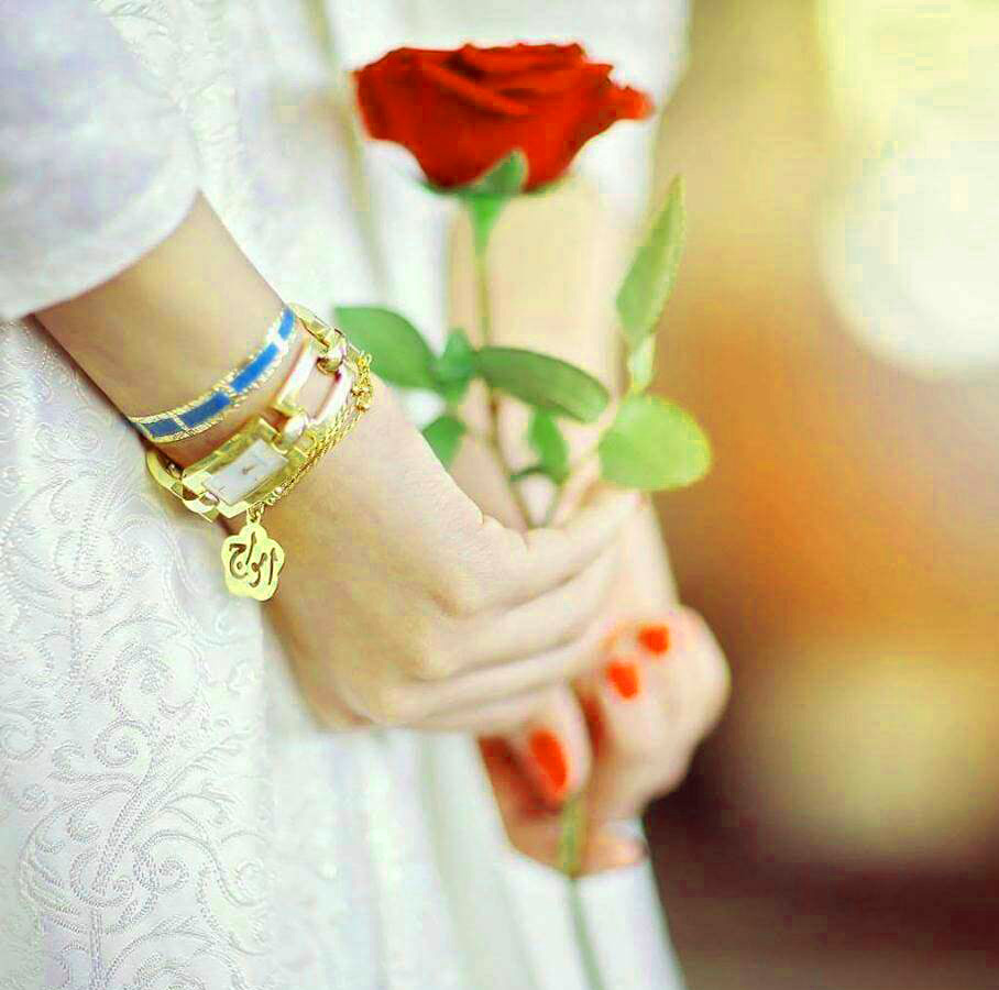 Romantic Love Couple Whatsapp DP Images HD { Best Collection }