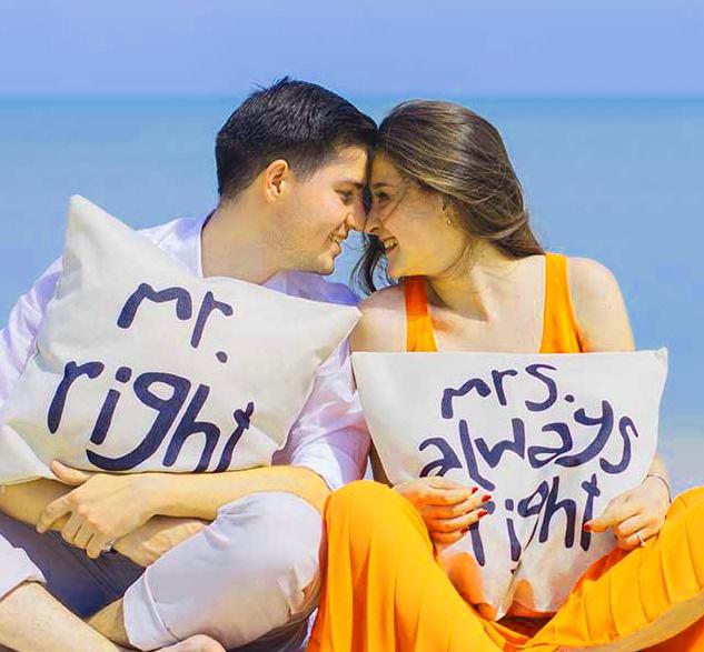 LatestRomantic Love Couple Whatsapp DP Photo Pics