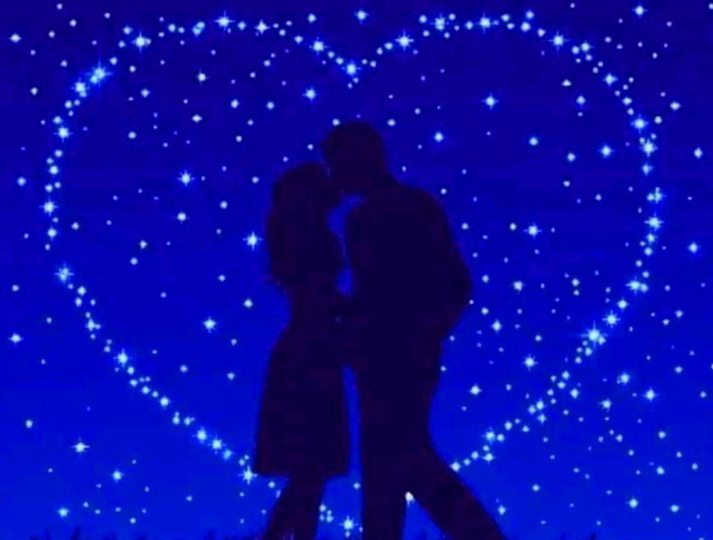 Romantic Love Couple Whatsapp DP Images Wallpaper