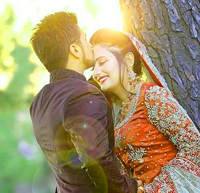 NewRomantic Love Couple Whatsapp DP Pictures