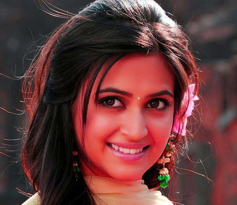 Cute Baby Girl Whatsapp Dp pictures free hd