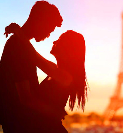 Cool Latest New Whatsapp DP Images With Romantic Love Couple