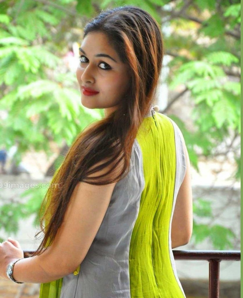 Whatsapp DP Images Pics Download With Beautiful Girls