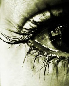 Best Crying Eyes Whatsapp Dp Images Photo