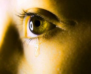 Best Crying Eyes Whatsapp Dp Photo Pictures