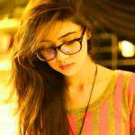 stylish girl Mast Dp For Whatsapp