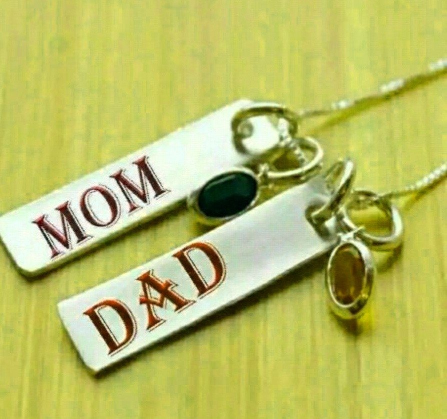 Free Mom Dad Whatsapp DP Pics Download