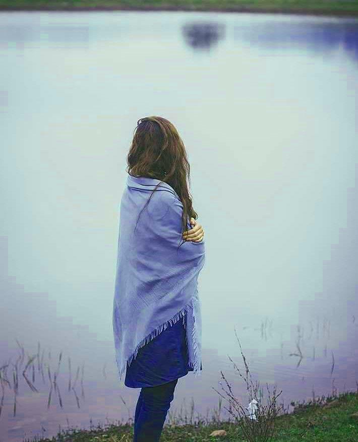 Alone Sad Girls Whatsapp DP Wallpaper Download