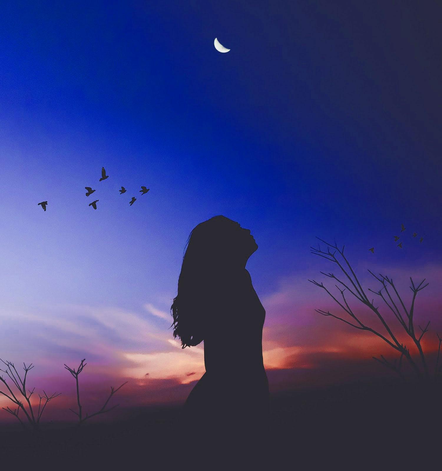 Best Alone Sad Girls Whatsapp DP Images HD