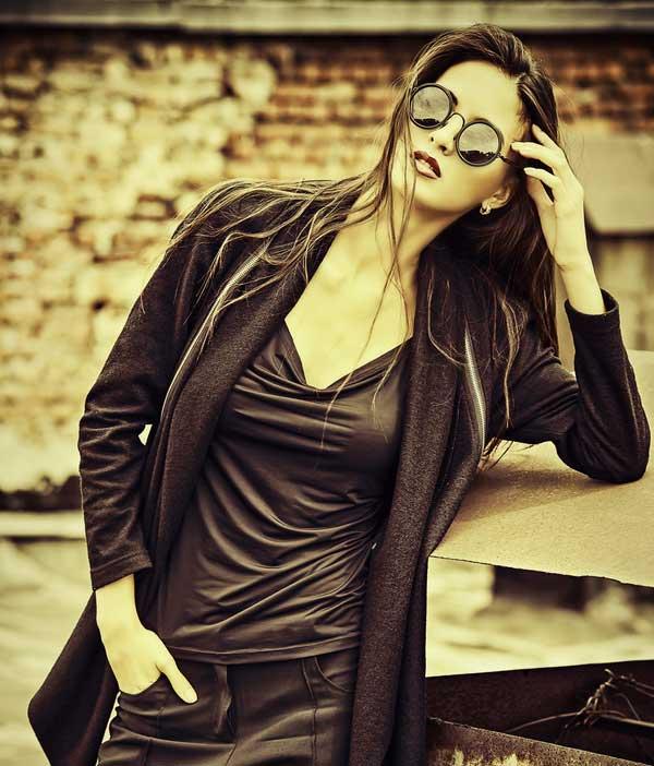 Free Beautiful Stylish Girls Whatsapp Dp Pics Download