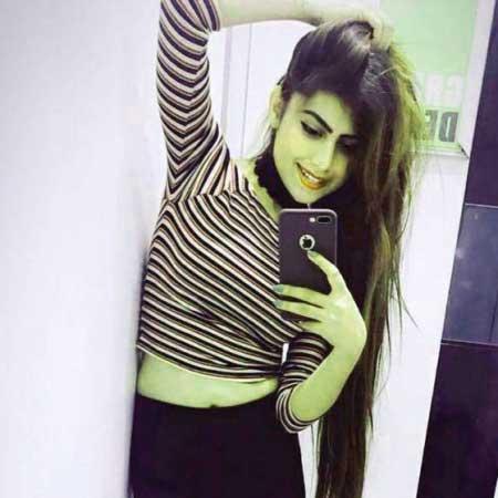 Free Beautiful Stylish Girls Whatsapp Dp Wallpaper