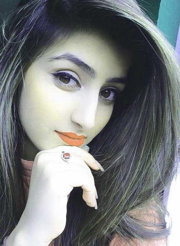 Latest Free Stylish Girls Whatsapp Dp Pics
