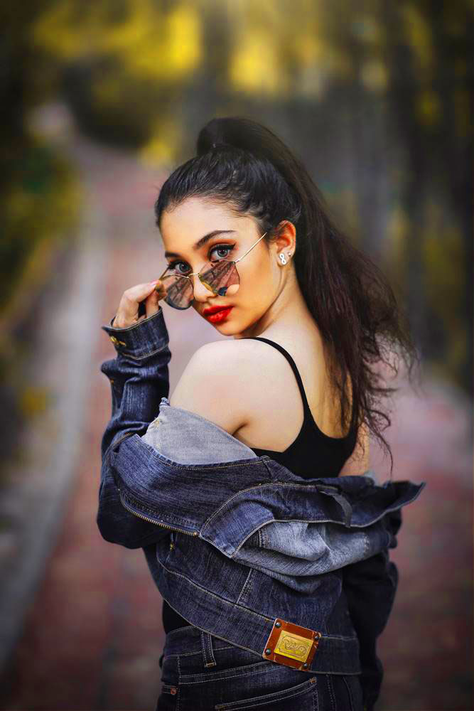Top Quality Cute Girl Images For Whatsapp Dp Wallpaper