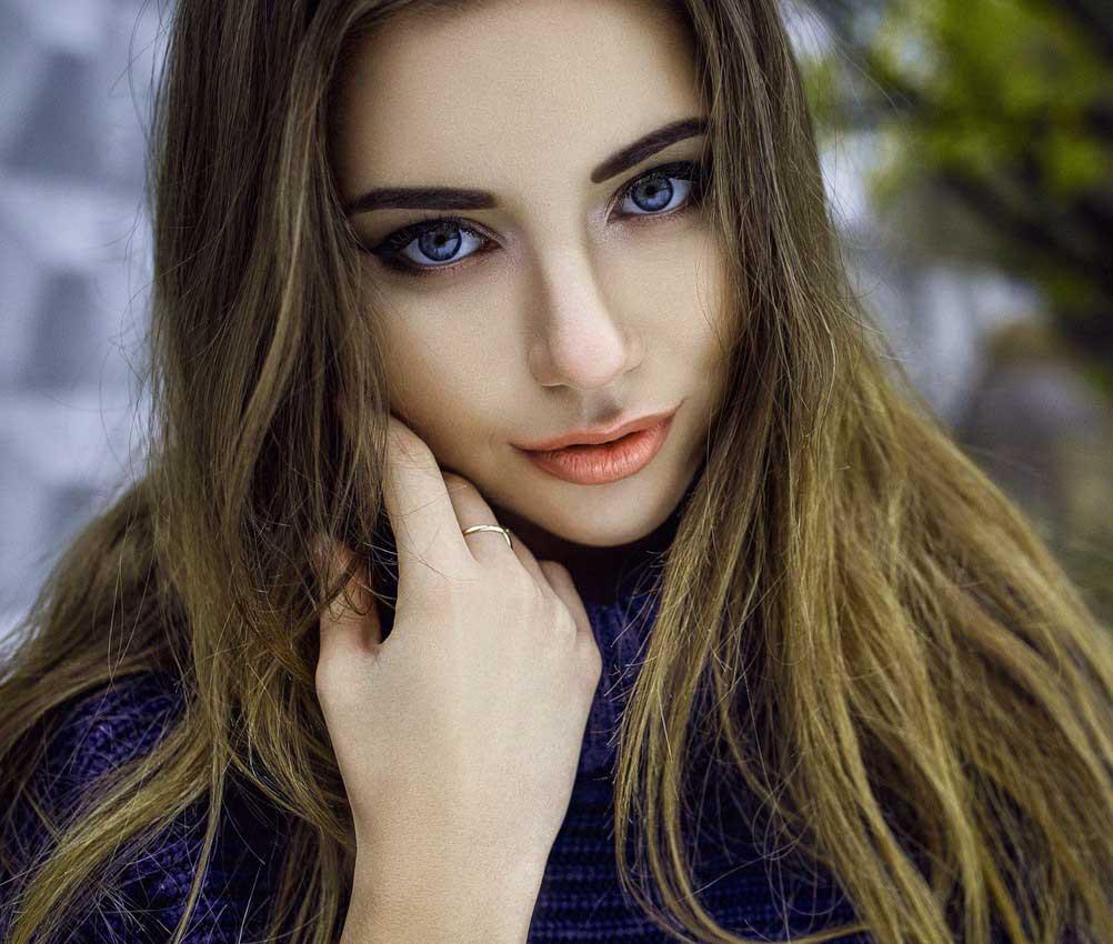 Best Very Beautiful Girl Images Wallpaper Download