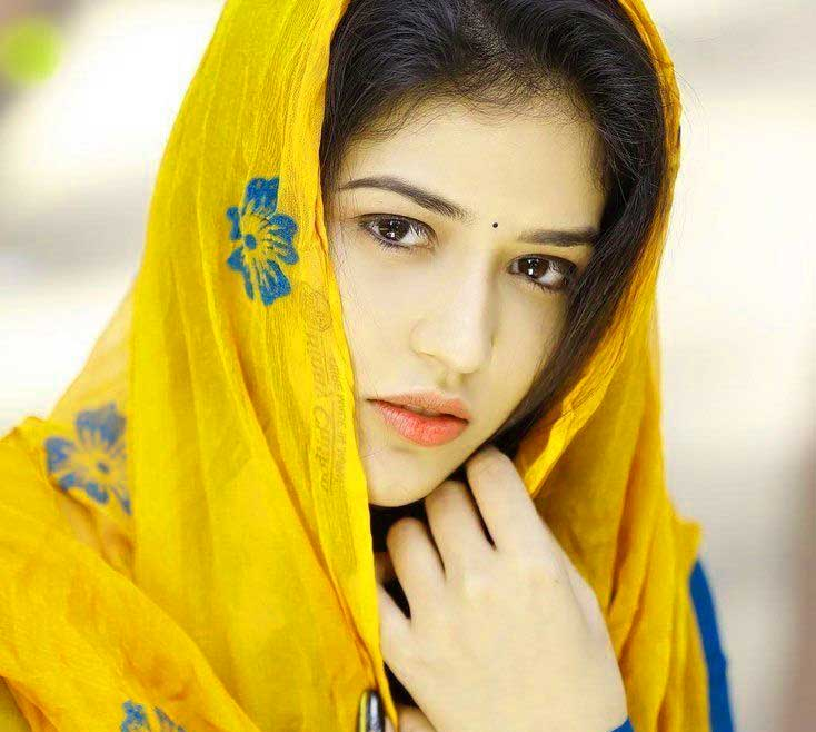 Free very cute beautiful girl images Pics Download for DP