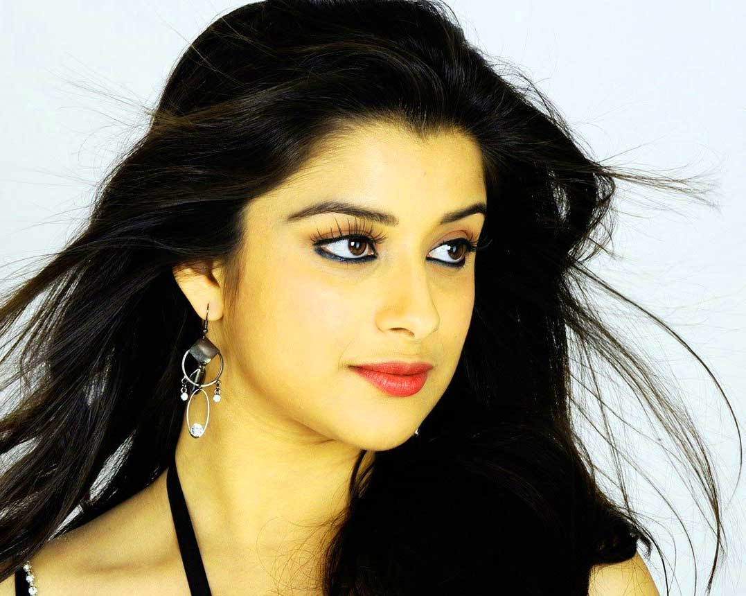 Very Beautiful Girl Images Wallpaper New Download