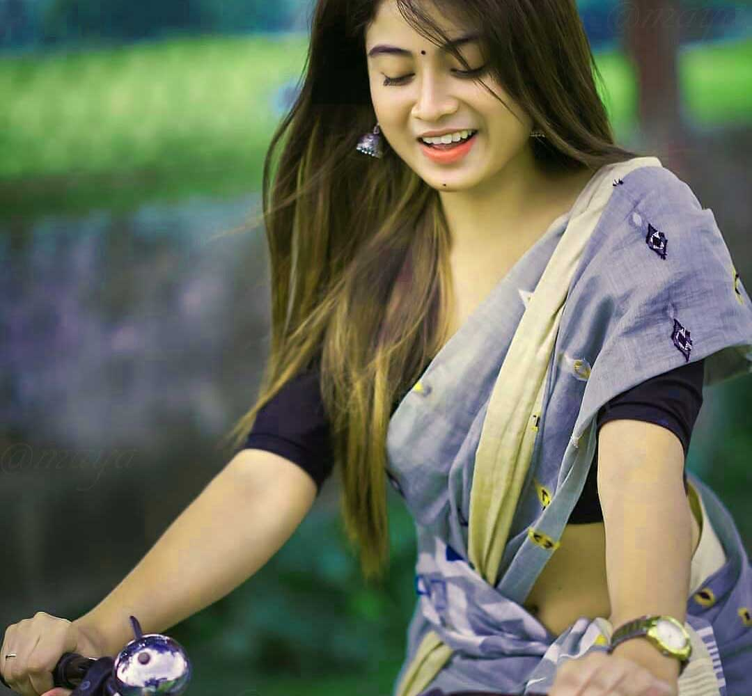 Very Beautiful Girl Images Wallpaper New