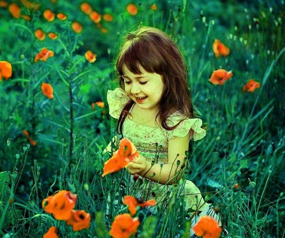 Very Cute Baby Girls Nice Whatsapp Dp Images Download