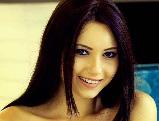smile girl women s face wal